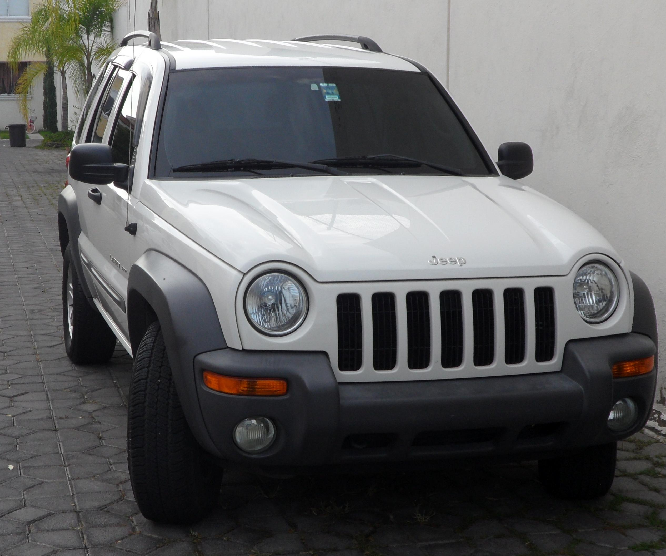 Sale!!! Jeep liberty sport 2002, tv, bed, dryer and washer and more ...