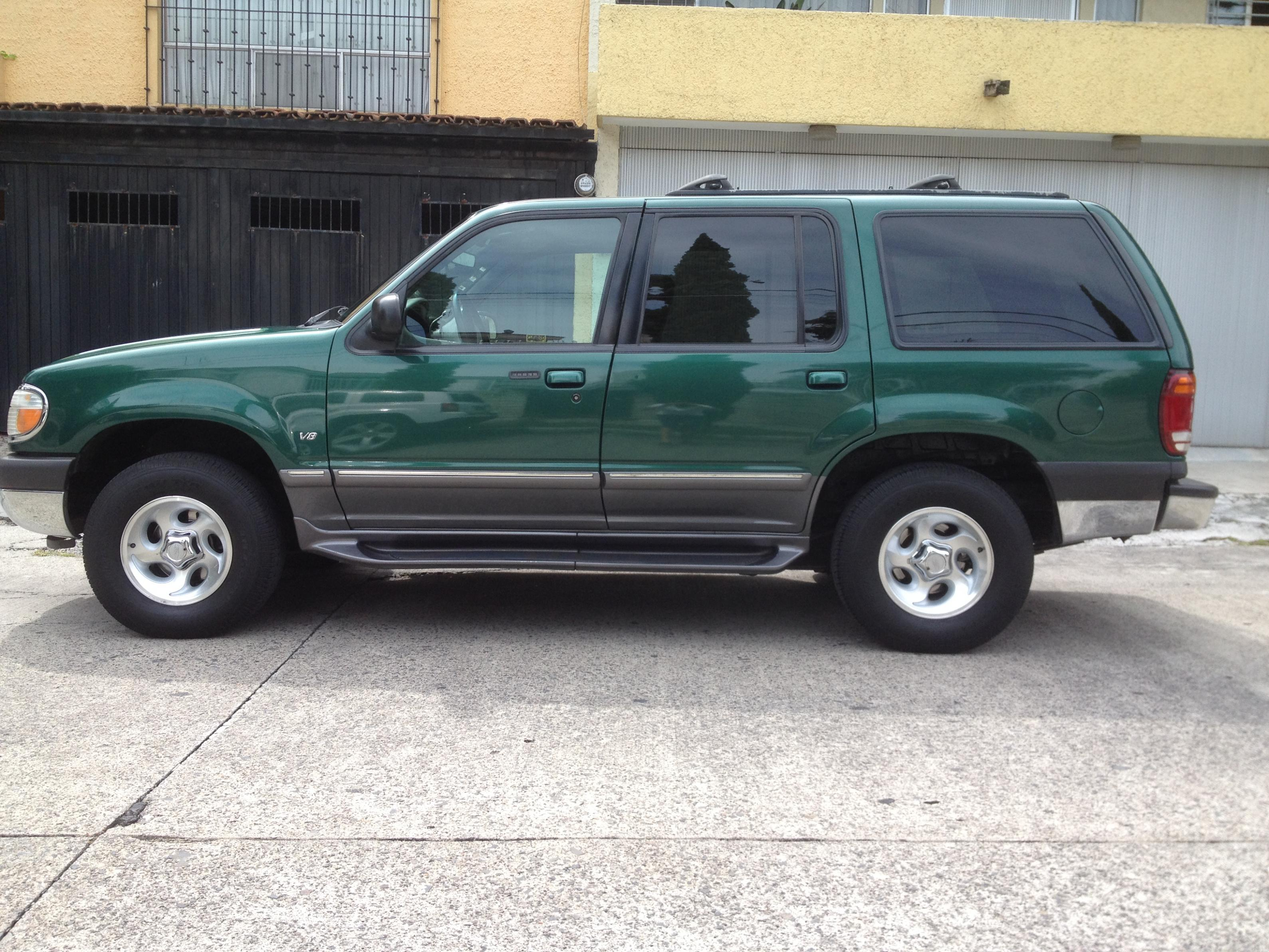 2000 ford explorer xlt for sale!!! | uag medical school classifieds