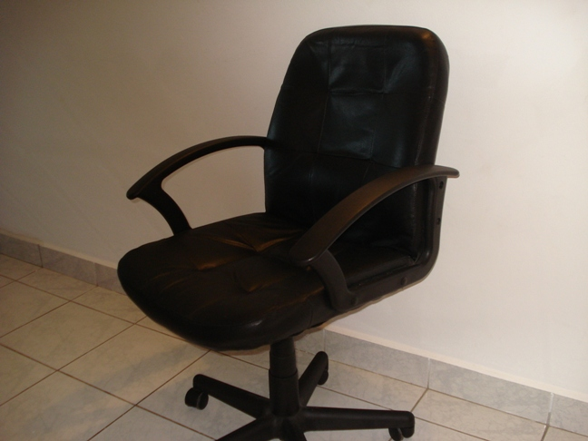 High Back Leather Executive Chair For Sale