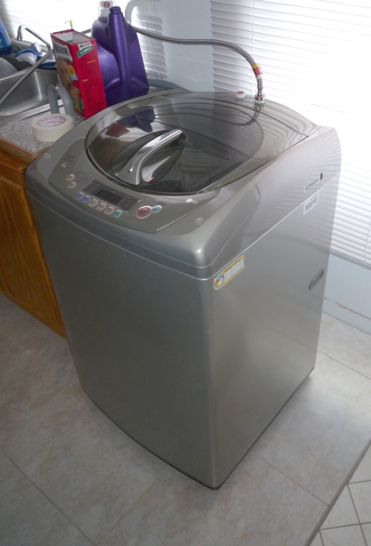 washing machine for sale auc medical school classifieds. Black Bedroom Furniture Sets. Home Design Ideas