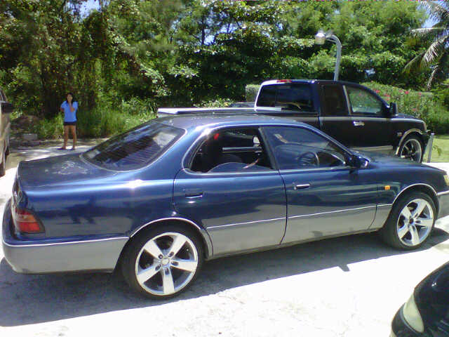 Cheap car for sale toyota windom 1 800 o b o for Cheap motor cars for sale