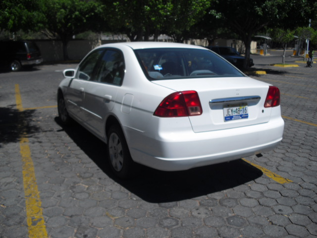 2010 Honda Civic For Sale >> FOR SALE 2001 Honda Civic LX sedan | UAG Medical School Classifieds