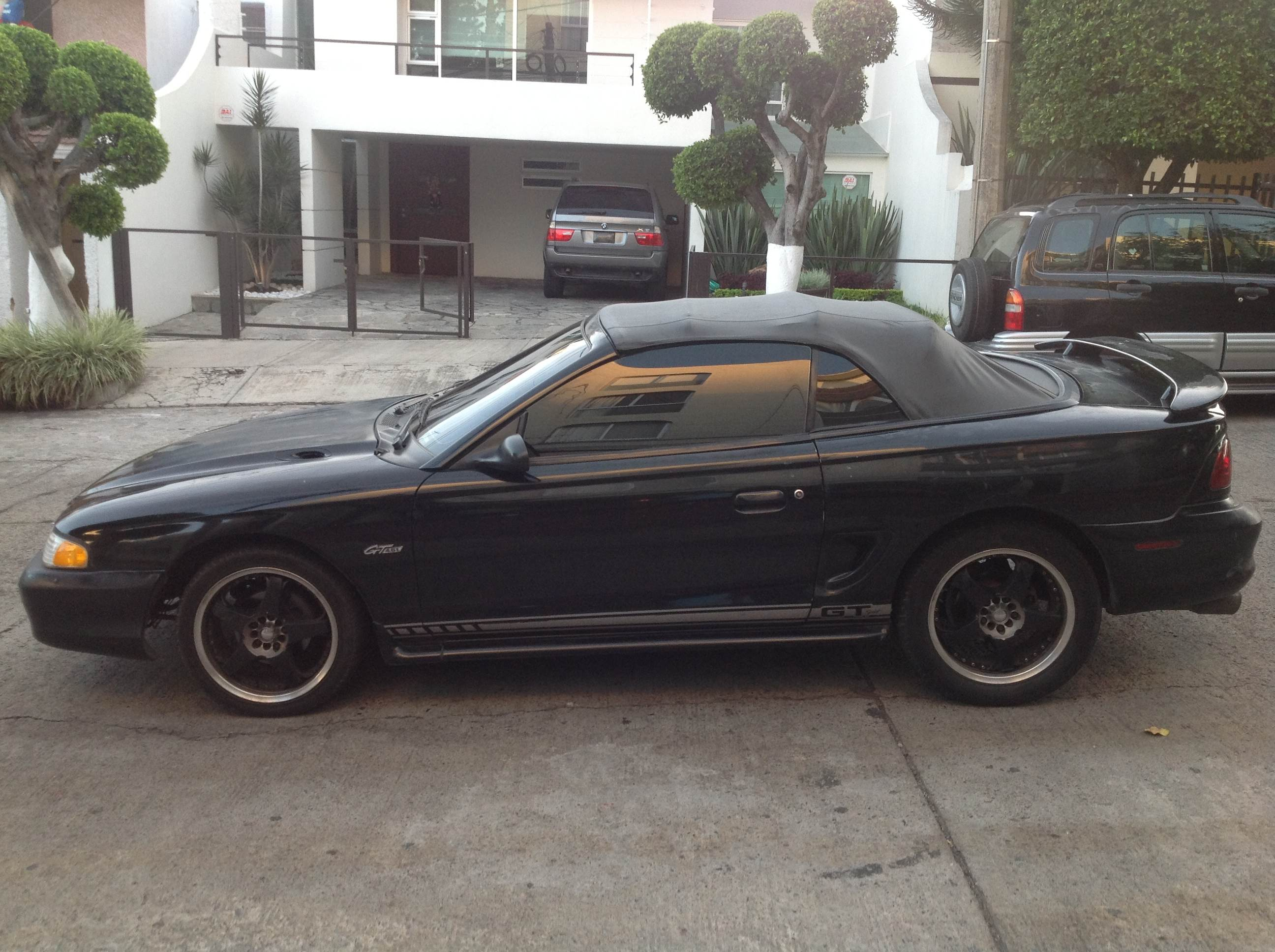 mustang gt96 convertible 2500usd uag medical school classifieds. Black Bedroom Furniture Sets. Home Design Ideas